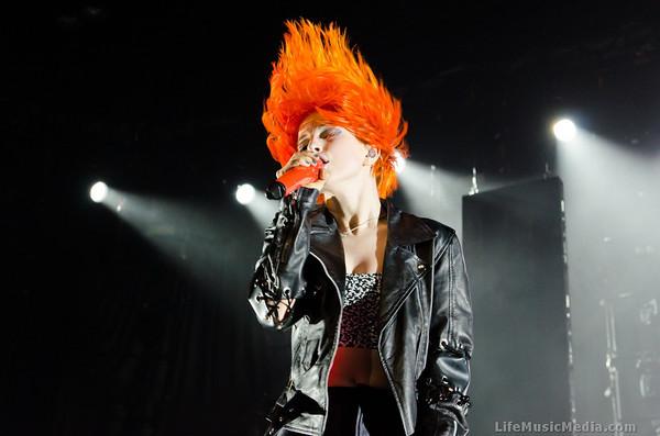 Photo Gallery: Paramore @ Brisbane Entertainment Centre ...