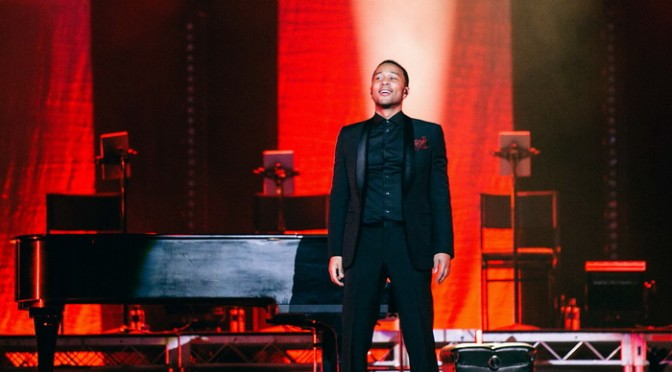 Photo Gallery | John Legend @ Qantas Credit Union Arena, Sydney – December 5, 2014
