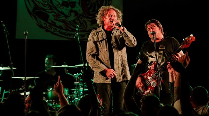Live Review – The Screaming Jets at Wyong Leagues Club – December 12, 2014