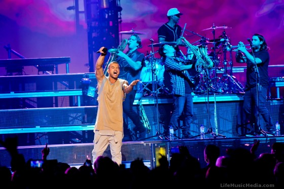 Guy Sebastian at Qantas Credit Union Arena, Sydney- Photo credit Maria de Vera