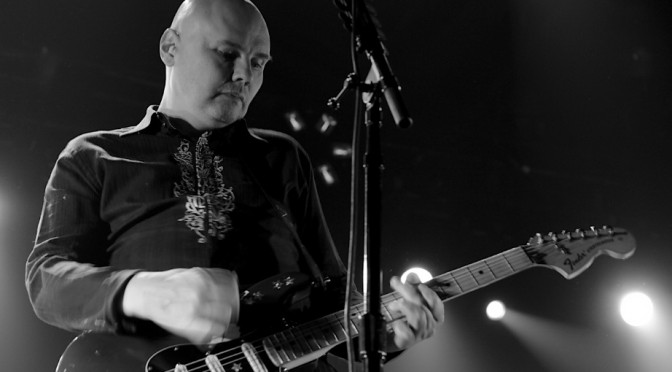 Photo Gallery : The Smashing Pumpkins + Gerard Way + One OK Rock at The Big Top – Luna Park, Sydney – February 25, 2015