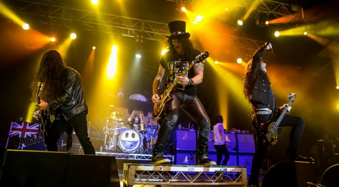Photo Gallery : Slash – Festival Hall, Melbourne – February 26, 2015