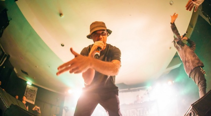 Photo Gallery : Thundamentals at The Cambridge Hotel, Newcastle – April 11, 2015