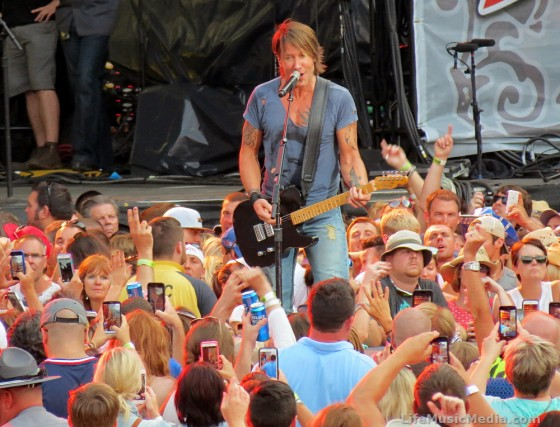 Keith Urban live at Buckeye Country Superfest, Columbus, Ohio -