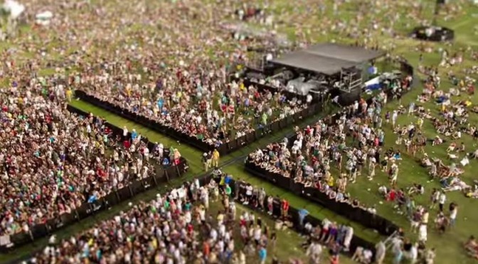 Watch this Tilt-Shift video of Coachella festival… amazing!