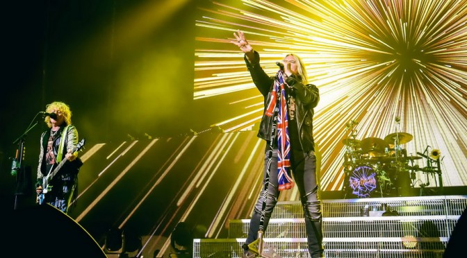 Photo Gallery : Def Leppard + Live at Qantas Credit Union Arena, Sydney – November 17, 2015