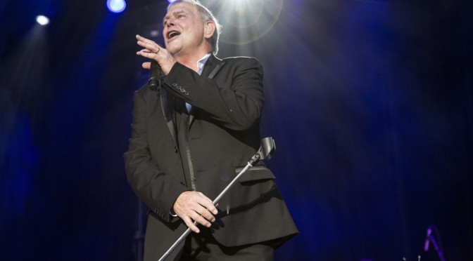 Photo Gallery : John Farnham at A Day On The Green – Petersons Winery, Armidale + Daryl Braithwaite, The Black Sorrows & Ross Wilson