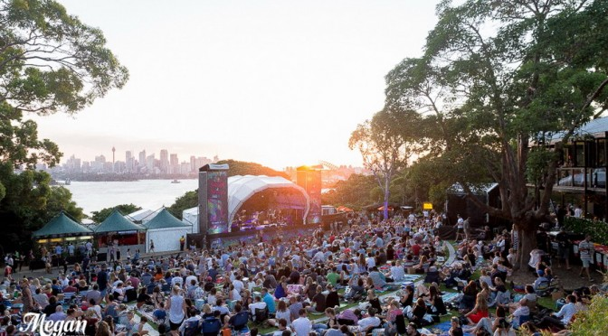 Photo Gallery : Fractures – Twilight At Taronga Zoo – February 12, 2016