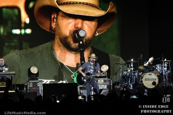 Jason Aldean at Hordern Pavilion, Sydney - March 9, 2016 Photographer: Peter Coates