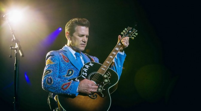 Photo Gallery : Chris Isaak + James Reyne + Richard Clapton at A Day On The Green – Bimbadgen Estate, Pokolbin Australia  – April 9, 2016