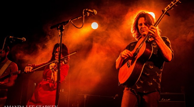 Photo Gallery : Bernard Fanning at A & I Hall, Bangalow, NSW – May 19, 2016
