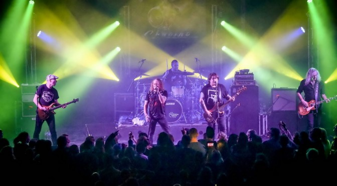 Photo Gallery : The Screaming Jets + Massive at Belmont 16s, Newcastle – May 28, 2016