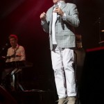 Glenn Shorrock at Pure Gold Live - ICC Sydney Theatre - 23 December 2016 Photographer: Wendy Robinson