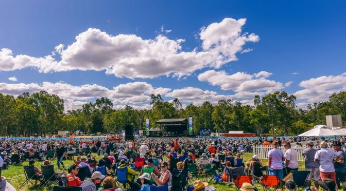 Photo Gallery : Crowd at A Day On The Green, Mitchelton Wines, Nagambie – 18 February 2017