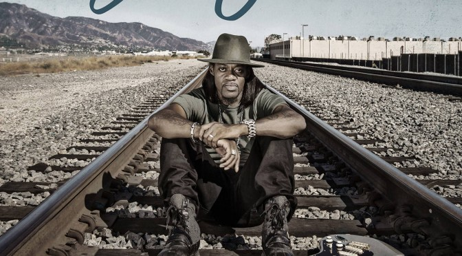 Album Review : ERIC GALES – MIDDLE OF THE ROAD