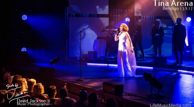 Photo Gallery : Tina Arena at Ulumbarra Theatre, Bendigo – 13 September 2017