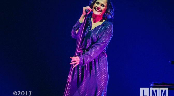 Live Review : Alison Moyet – Live at Margaret Court Arena, Melbourne – 7th October 2017