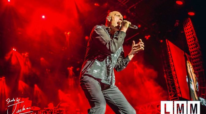 Live Review : Midnight Oil at Gateway Lakes, Wodonga- 3 November 2017