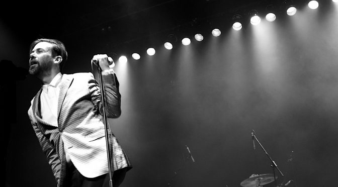 Live Review + Photo Gallery : Easy Fever – Enmore Theatre, Sydney – 15 December, 2017