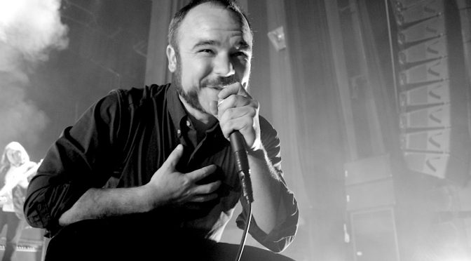 Live Review + Photo Gallery : Future Islands at Enmore Theatre, Sydney – 5 December 2017