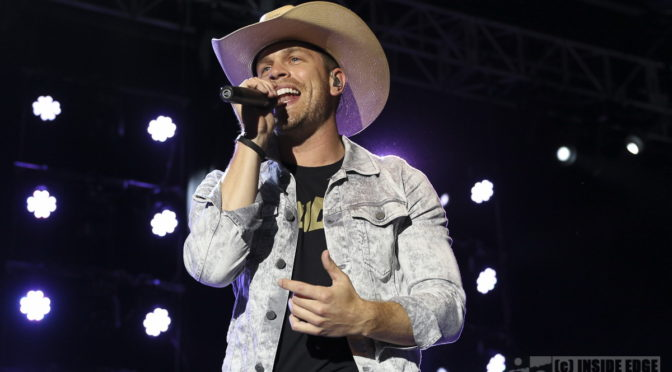Photo Gallery : Dustin Lynch at CMC Rocks – Ipswich, Queensland – 17 March 2018